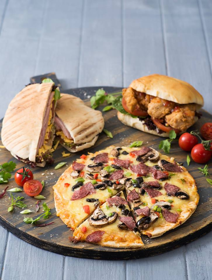 Food Lovers Market Towers Hungry for halaal4
