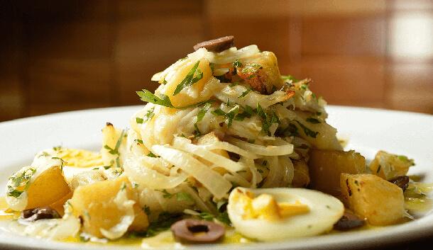 salada-de-bacalhau-com-batatas