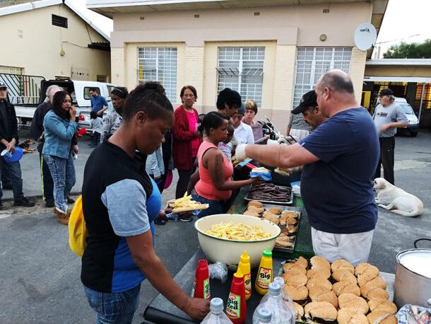 Mandela Day Elim Shelter Hungry for Halaal1